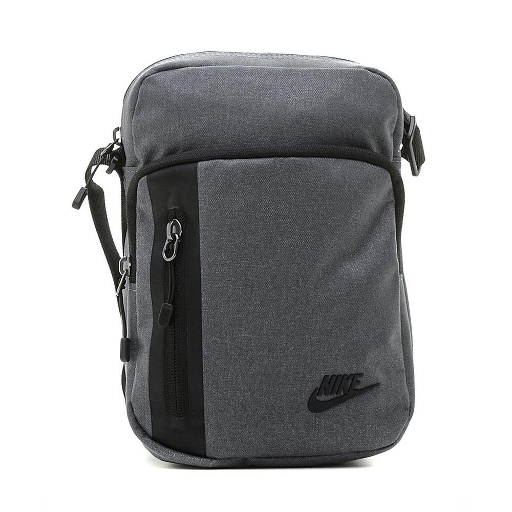 nuovo di zecca 13b59 37eeb Nike Tracolla Tech